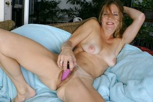 Alle big boods actres nude. com