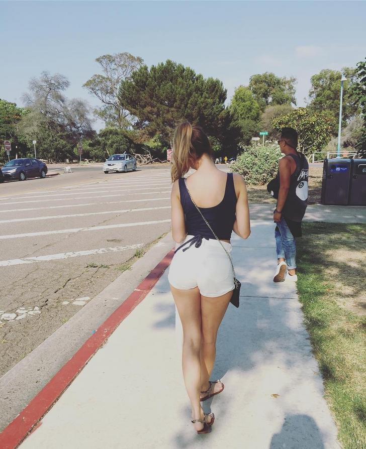 Candid ass on the street