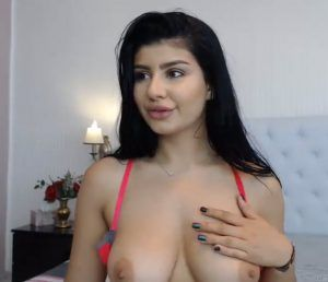 Very young non nude latina models