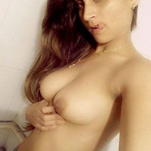 Meet sexy girls in badulla