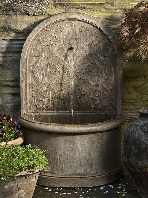 Vintage style outdoor copper wall fountain