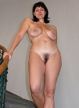 Nude moms big saggy titten
