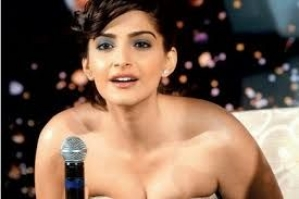 Sexy pics of bollywood stars
