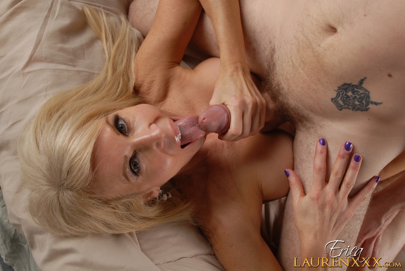 Barely legal blonde gefickt von bbc
