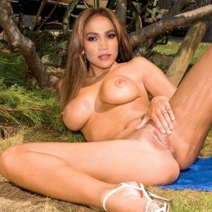 Christy marks big xxx titten